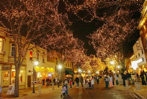 downtown naperville lighting up early for marathon holidays