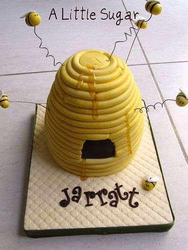 bee hive cake beehive shaped cake this was and i m lo flickr