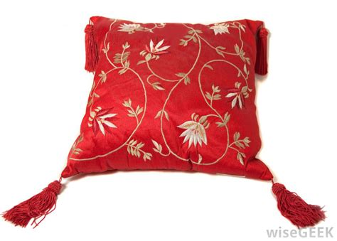 where to buy sofa pillows where to buy throw pillows medium size of patio chair
