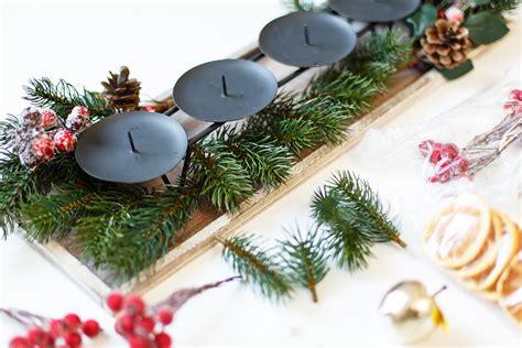wie mit bambusstäbchen dekorieren diy adventskranz easy selber machen shades of ivory