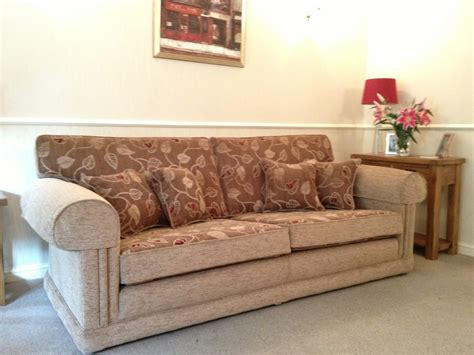 Bespoke Settees Sofa Shop Sofas Settees Chairs Recliners Bespoke Lounge