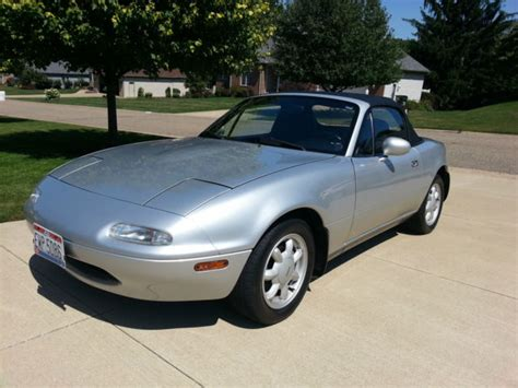 mazda convertible black 1991 mazda mx 5 miata convertible silver with black
