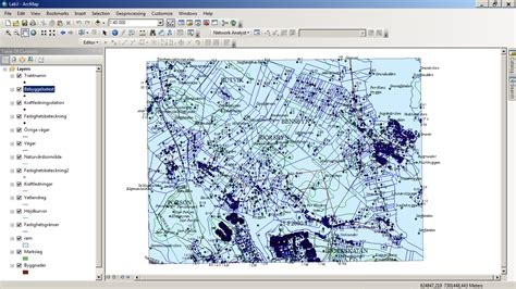 fix layout arcgis arcgis desktop keep map text inside of map layer
