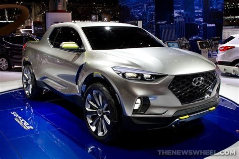 hyundai santa cruz news production greenlight latest awards  news wheel