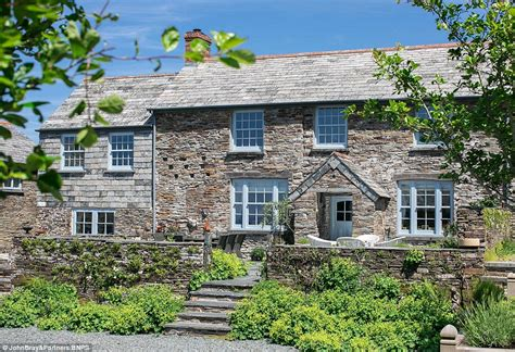 cornwall estate consisting of 5 properties on sale for 163 3 - Houses For Sale In Cornwall