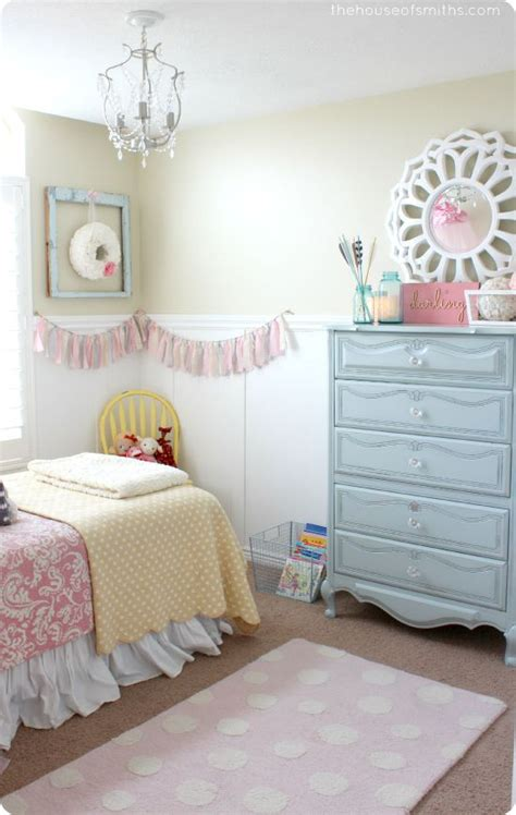Girly Curtains Ideas 13 Girly Bedroom Decor Ideas The Weekly Up Crafting And House