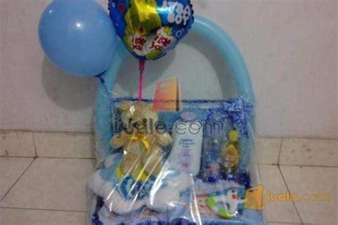 tutorial membungkus kado untuk bayi baby hampers baby parcel parcel bay kado bayi kado lahiran