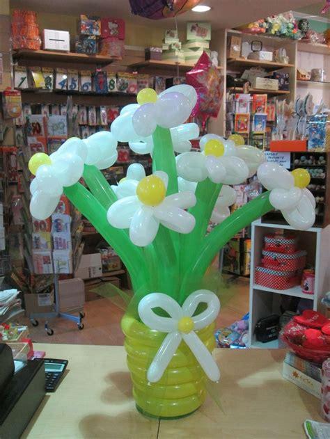 fiori con i palloncini 17 best images about allestimenti con palloncini on