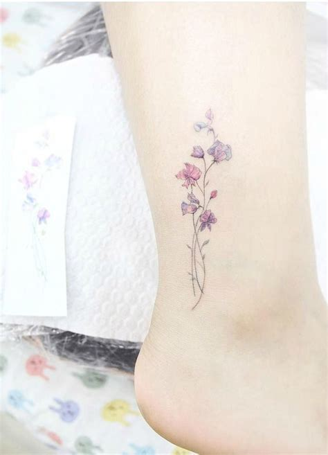 50 pretty small tattoo designs for girls feminine