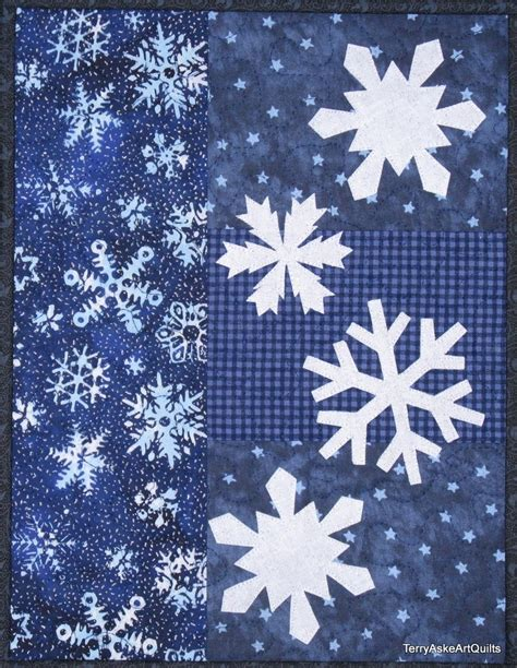 Winter Quilts quilt wall hanging winter snowflakes in blue and white