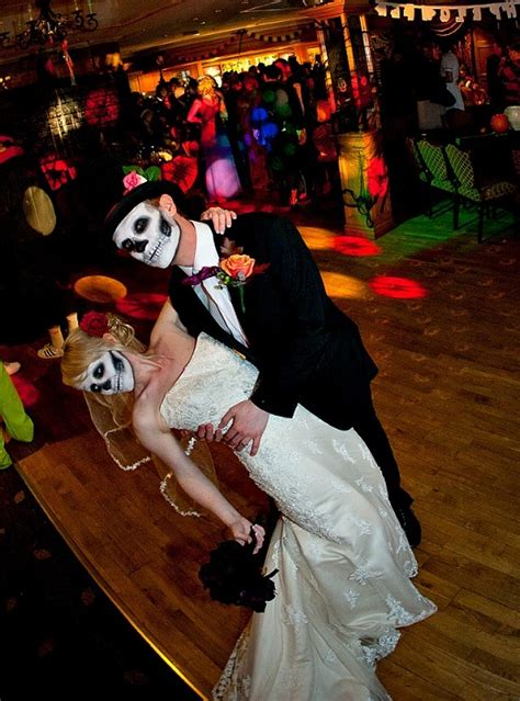 halloween themes wedding wedding trends halloween and fall wedding themes