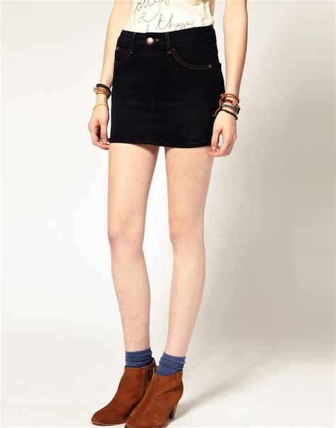 wrangler denim mini skirt in black nightcaprinsewash lyst