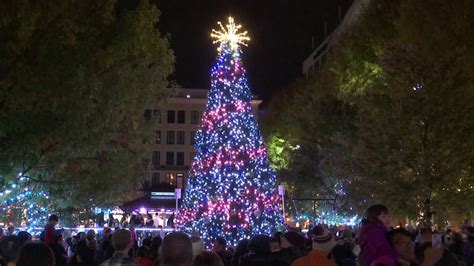 rockville tree lighting rockville town square tree lighting 2017