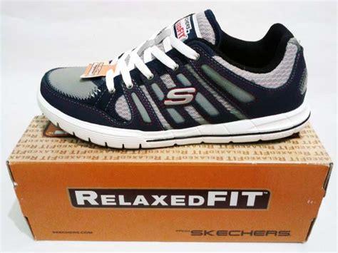 Sepatu Skechers Relaxed Fit sepatu skechers relaxed fit arcade ii navy grey gudang sport
