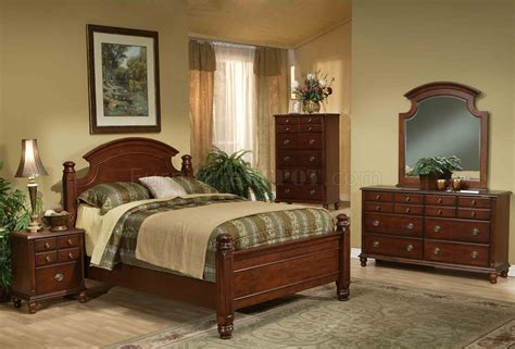 traditional bedroom sets warm brown finish traditional bedroom set w arched headboard