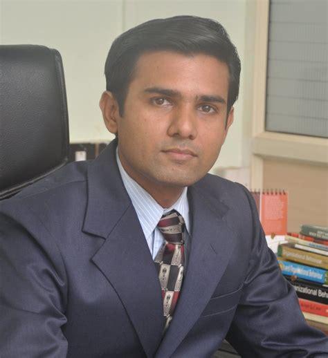 Sardar Vallabhai Patel Essay In Gujarati by Sardar Patel Essay Gujarati Matrimony Clubsonventuracom