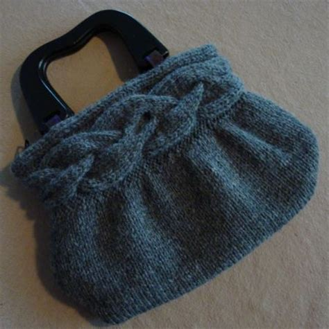 Make Jealous With A Handknit Knitting Bag Clutch Fashiontribes Fashion by Free Knitted Handbag Patterns 171 Free Patterns