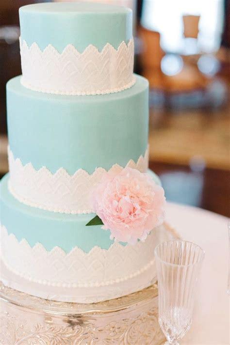 Best 25  Tiffany blue cakes ideas on Pinterest   Tiffany