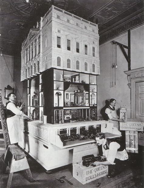 the doll hous queen mary s doll house