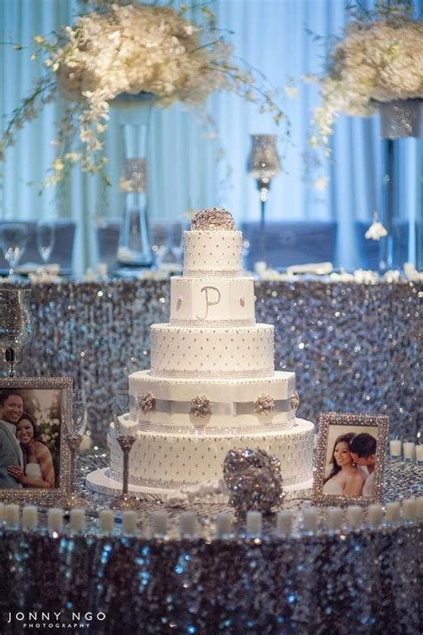 Bling Wedding Reception Decorations by 1000 Ideas About Bling Wedding Centerpieces On