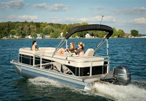 best pontoon boat manufacturers 2015 new 2015 bennington pontoon boat with shatter effect