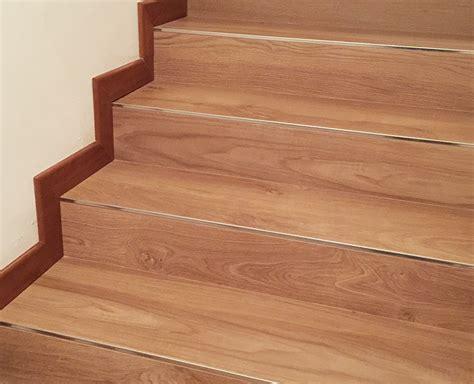 taglio piastrelle gres porcellanato scale interne legno marmo o gres porcellanato zanella