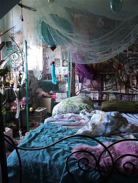 Wiccan Bedroom by 1000 Ideas About Witch Room On Closet