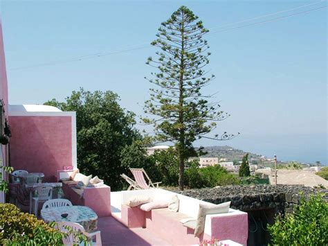 casa vacanze pantelleria casa vacanze pantelleria affitto dammusi pantelleria
