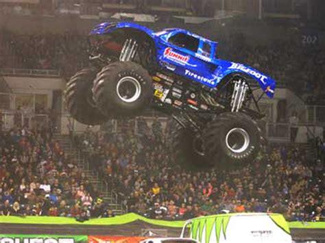 bigfoot summit monster truck bigfoot monster truck teams to defend 2014 racing series