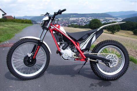 Trial Motorrad Hofmann by News