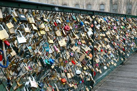 images of love lock bridge i d rather be in paris eternal love in paris love locks