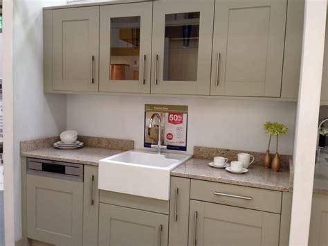 wickes kitchen cabinets kitchen units wickes tiverton grey kitchen pinterest grey kitchen unit and kitchens
