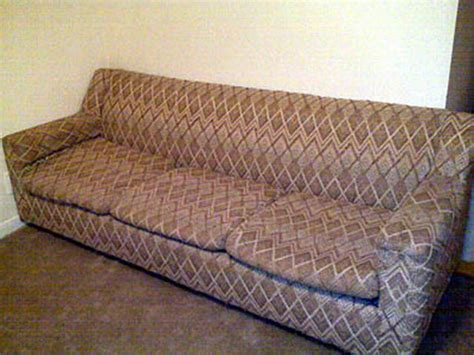 ugly couch the ugliest couches of 2010 28 pics izismile com