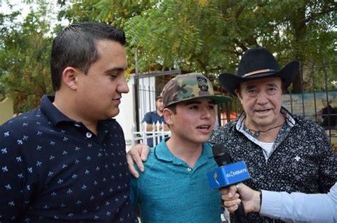 fotos fans recuerdan a ariel camacho azteca noticias recordando a un amigo cantan a ariel camacho el debate