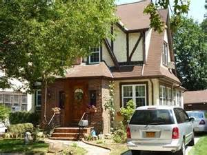 Donald Trumps Home by Donald Trump S Flipped Home Sold At Auction In New York
