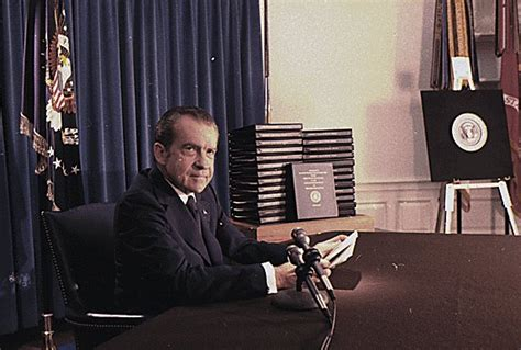richard nixon and watergate the of the president and the that brought him books the history place impeachment richard nixon