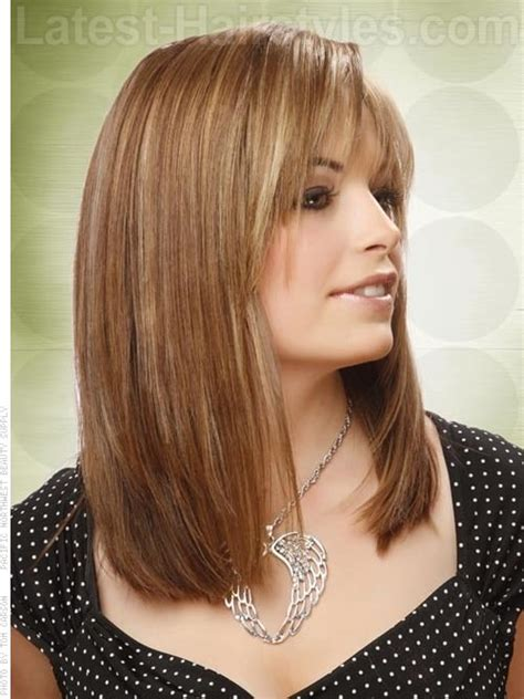 would a long kayered bob look good on a small face long layered bob highlighted look with bangs cutstyle