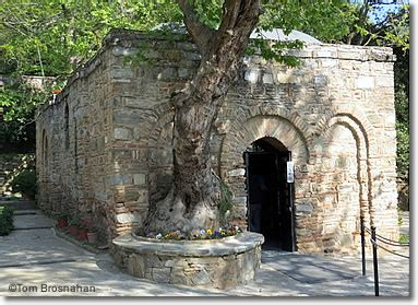Lovely Church Of Ephesus History #3: Virgin_mary_house1112-380.jpg