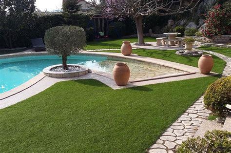gazon synth 233 tique contours de piscine et jardin