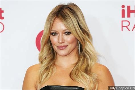 Hilary Duff Keeps Clothes On For Fhm by Hilary Duff Blasts Paparazzo Shares His Photo On