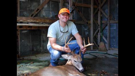 Du Deer Fit L deer with dogs eastern nc