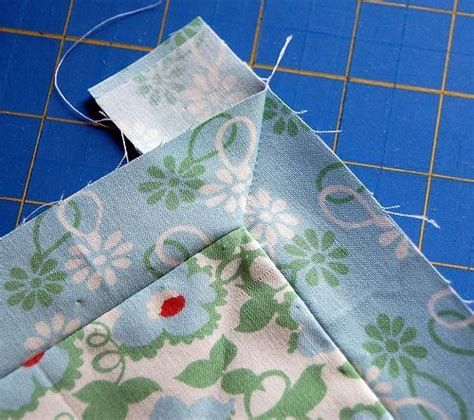 Sewing Mitered Corners On A Quilt by Mitered Corners Tutorial Quilts