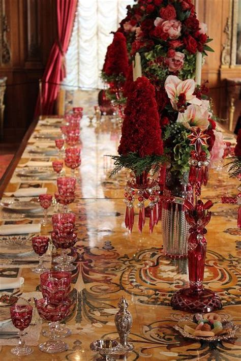 red and gold christmas formal dinner tablescape and