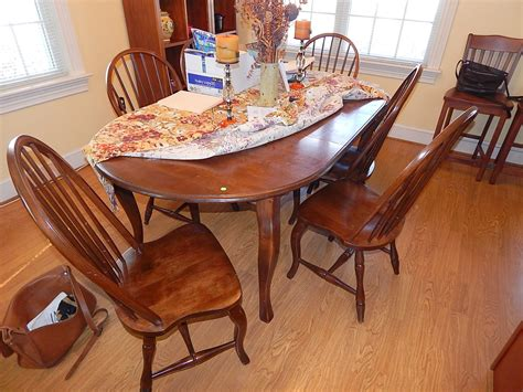 Early American Dining Room Table 11 Decor Ideas Early American Dining Room Furniture