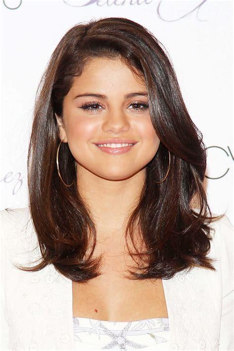 Selena Hairstyles by Selena Gomez Hairstyles Www Pixshark Images