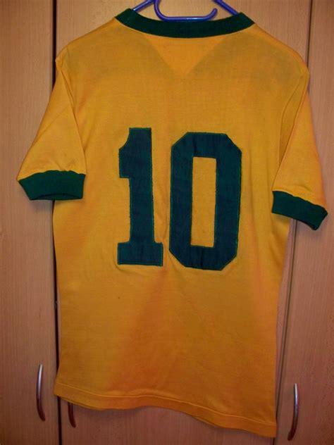 Brazil Home 2010 Retro brazil home voetbalshirt 1970