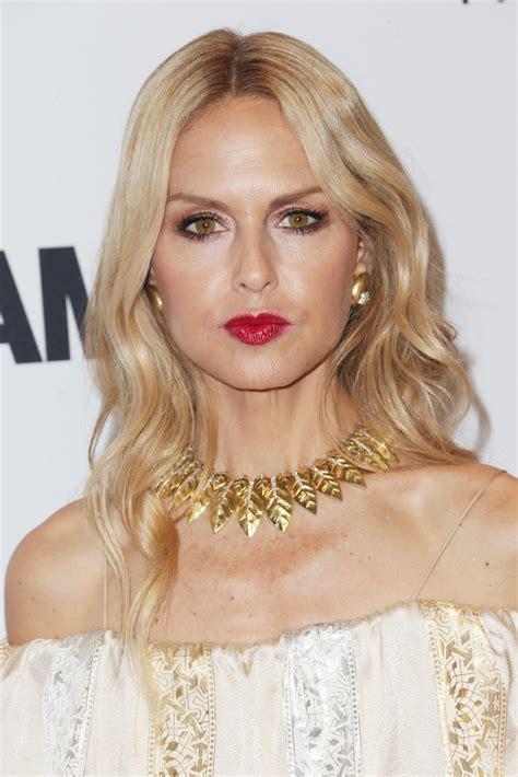 neckline hairstyles neckline short hairstyles for women hd short hairstyle 2013