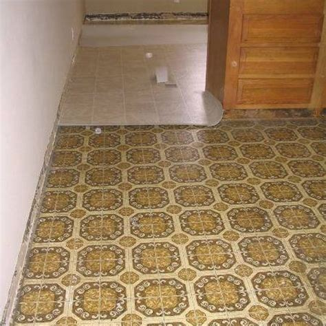 how to remove yellow stains on linoleum bathroom floors
