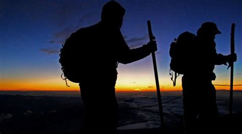 Saya Pendaki Gunung 26 kesalahan fatal ketika mendaki gunung menurut syariat