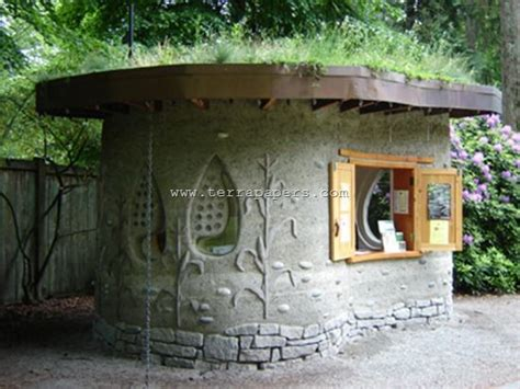 backyard cob shed idea help to learn how to build with